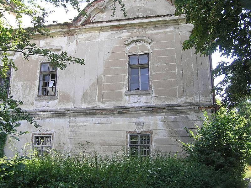 Zámek v Golčově Jeníkově