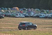 Nejvíc prohřešků na Sázavafestu letos nastřádali řidiči aut.