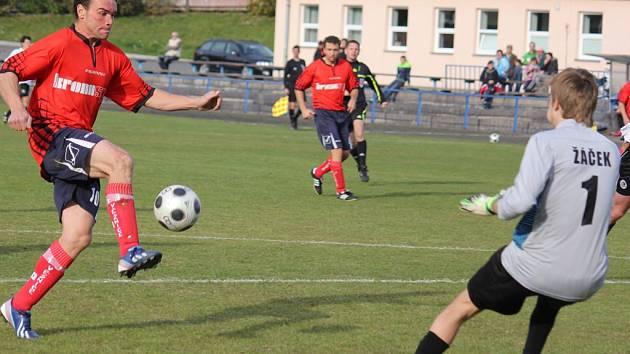 Nejlepší utkání. To sehráli fotbalisté Věžnice v Havlíčkově Brodě, kde vyhráli 2:1 a další tři šance zahodili. S druhým místem je předseda Bohuslav Chalupník spokojený, ale pořád spíše myslí na záchranu v soutěži.