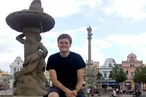 Šifruj. Třiadvacetiletý student Jan Matějka z Havlíčkova Brodu vytvořil šifrovací hry s názvem Šifruj.cz. Hru Projdem Brodem si lidé mohou zahrát v centru města.