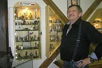 Zapalovače a další historické kousky sbírá Miloslav Jan Šnek celý život. Unikátní výstava jeho sbírek je k vidění v muzeu Přibyslav do konce srpna.
