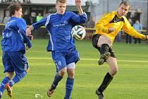 O vítězný gól se v Jemnici postaral Lukáš Mrázek (u míče).