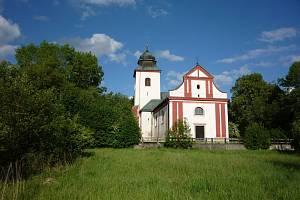 Zvon pro kostel sv. Víta v Zahrádce ulil Rudolf Menoušek.
