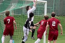 Nulu vychytal proti Tisu borovský gólman Pavel Veselý (na snímku), který svůj tým podržel zejména v prvním poločase.