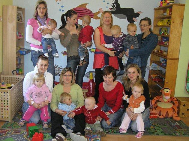 Skoro dvě desítky členů má v současné době přibyslavské mateřské centrum  Harmonie.