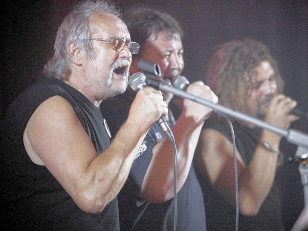 Na Memoriálu Jardy Mrkvičky vystoupila kromě Mrkev Bandu například i kapela Fuga.