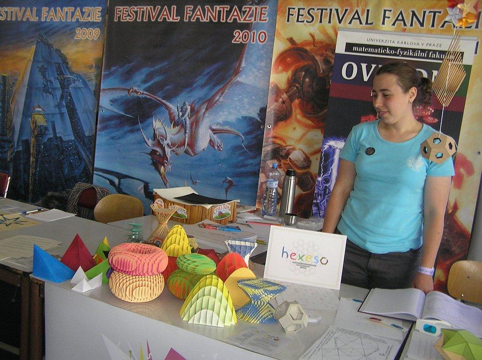 Festival fantazie. Už skoro čtvrt století hostí Chotěboř rok co rok příznivce sci-fi a fantazy. Foto:Deník/Štěpánka Saadouni a Archiv pořadatelů
