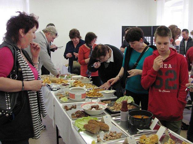 Kuchařské soutěže se těší velké oblibě, Jeníkov se inspiroval ve Svatém Kříži u Havlíčkova Brodu.