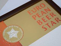 Ocenění. Jeho symbol se objeví také na etiketách pivních lahví. Kopie pivovar umístí do svých největších hostinců.