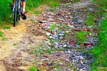 Některé cyklostezky připomínají spíše trať pro terénní vozidla.