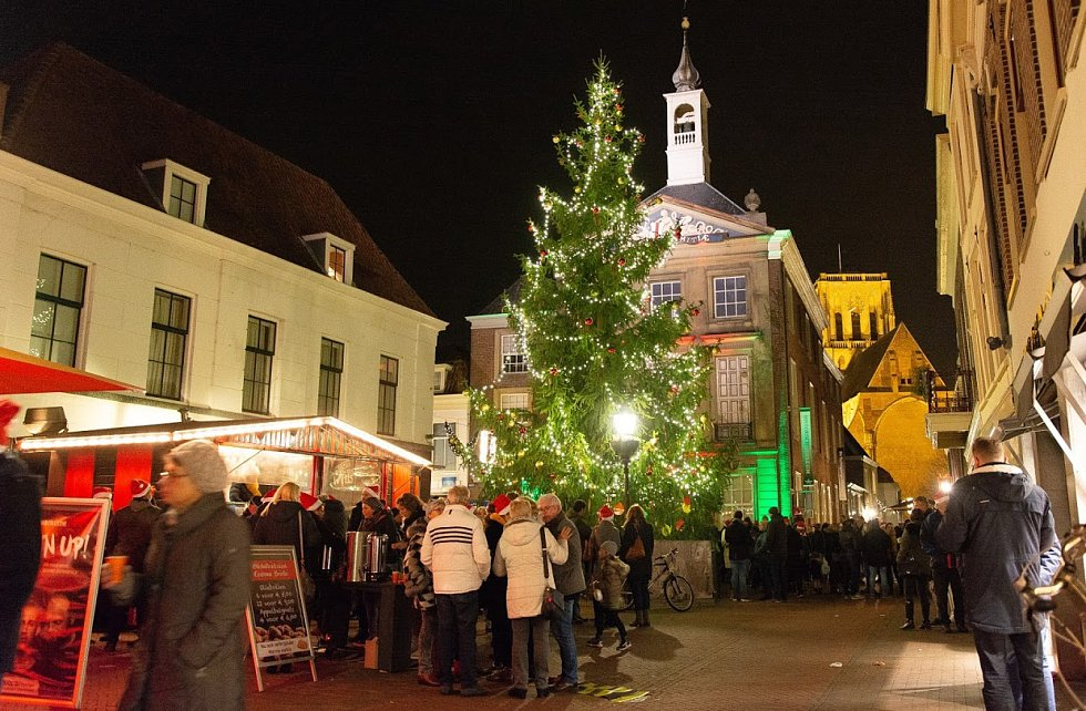 Rozsvícení vánočního stromu v Brielle.