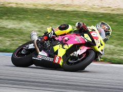Brodský motocyklový závodník Michal Prášek (na snímku) neměl na maďarském okruhu Pannoniaring konkurenci. Vyhrál jak kvalifikaci, tak oba závody.