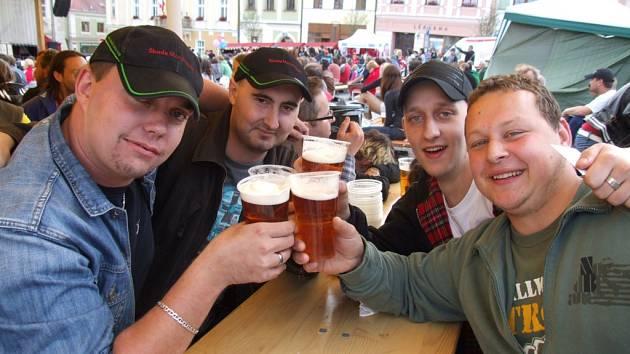Dobrá nálada, dobrý program  a dobré pivo. Takové jsou tradiční slavnosti piva.