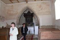 Vzácné malby. Ve všech podlipnických kostelech najdou turisté vzácné nástěnné malby ze 14. století.