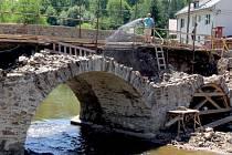 Most v Ronově.
