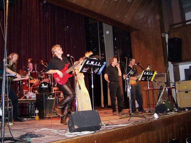 Brodská kapela E.M.I.L.