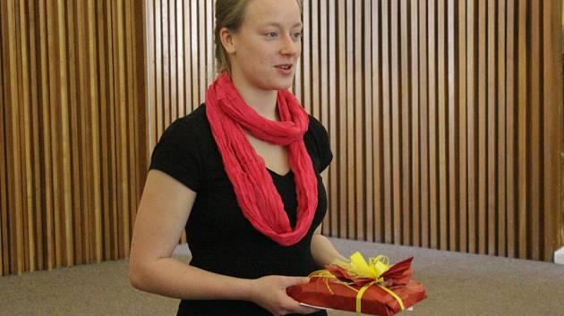 Berenika Lukášková převzala ocenění za celou rodinu.