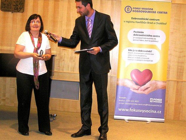 Bývalá učitelka Helena Míková se věnuje hlavně práci s dětmi.