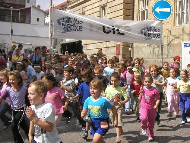 Nic se nemění. Jen název. Běhu Terryho Foxe se účastnily stovky závodníků..  I letos  budou mít šanci.