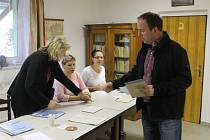 V Jitkově spojili komunální volby s anktetním hlasováním o podobě nového pomníku obětem 1. světové války.