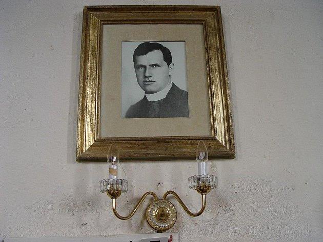 Umučený farář Josef Toufar.