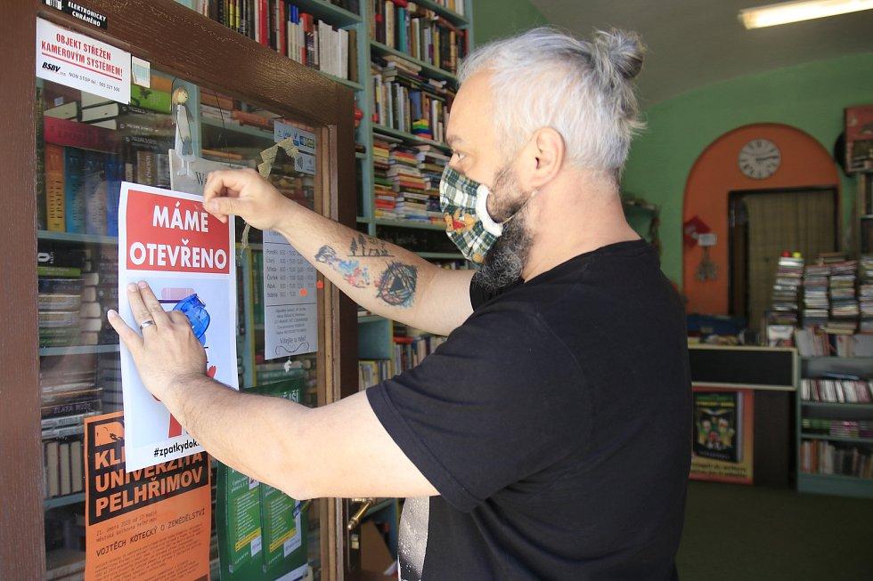 Knihkupectví U Vrány v Pelhřimově.