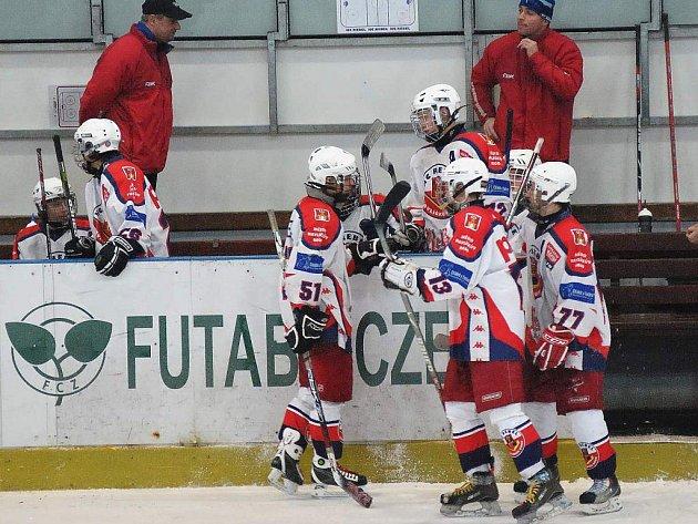 Mladší dorostenci zbytečně ztratili na domácím ledě tři body proti brněnské Kometě.