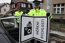 Řidiče by měly odradit kontroly a pokuty za překročenou rychlost. Ilustrační foto.
