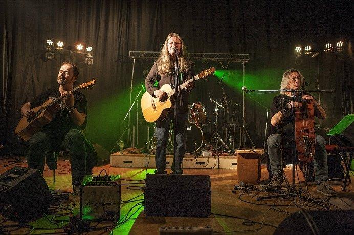 Kapela Ivan Hlas Trio byla vyvrcholením Sametového festivalu v Chotěboři.