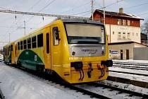 Regionova. Po Vysočině se prohání dvě soupravy těchto moderních bezbariérových vlaků. Problém však je s jízdními řády. Handicapovaní spoluobčané je těžko využijí.