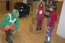 Během sobotního dopoledne mohly děti stavět třeba raketu pro mimozemšťana