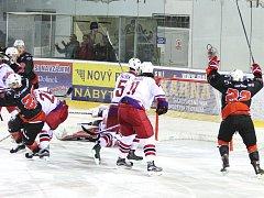 Druhá liga poskočila přes první čtvrtinu a z Vysočiny si nejlépe vede Havlíčkův Brod. Zápasem čtvrtiny bylo derby žďárských Plamenů s Havlíčkovým Brodem, které ale žďárští hokejisté ovládli.