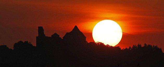 Lipnice při západu slunce