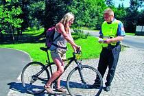 V rámci běžných kontrol se strážci zákona zaměřují i na alkohol u cyklistů. Ilustrační foto.