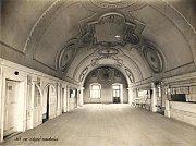 Sál staré radnice na historickém snímku