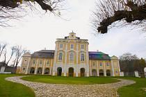 Případ zavražděné mladé dívky ze zámku ve Vilémově na Brodsku se stal námětem pro epizodu kriminálky.