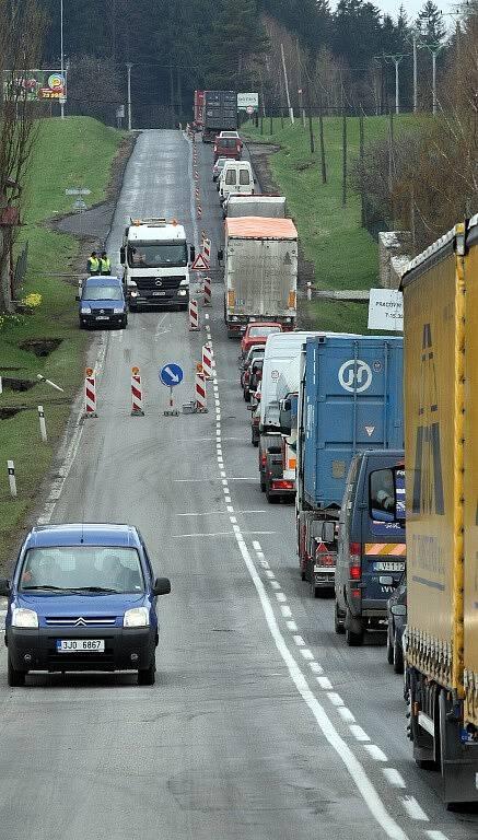 Oprava silnice I/38 mezi Jihlavou a Havlíčkovým Brodem.
