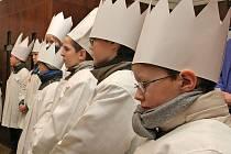 Slavnostním požehnáním koledníkům v chrámu Nanebevzetí panny Marie začala na Havlíčkobrodsku tradiční humanitární akce Tříkrálová sbírka.