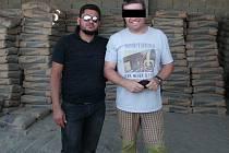 Pavel H. v Libyi pracoval jako cateringový koordinátor pro firmu Value Added Oilfield Services z Malty, která poskytuje servis pracovníkům na ropných polích. Podle posledních informací mají únos na svědomí příslušníci takzvaného Islámského státu.