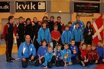 Úspěšný tým zápasníků v dánském Koldingu.