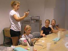 Brodská Galerie pořádá pro děti výtvarné dílny.