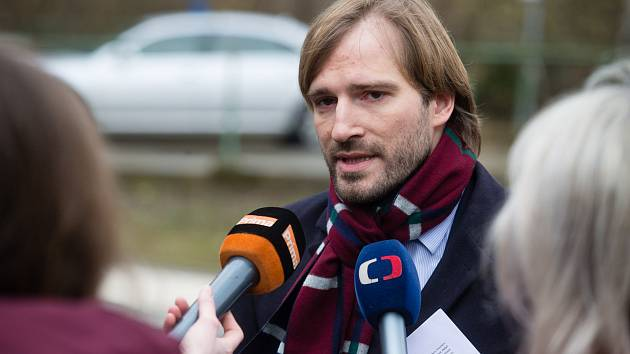 Ministr zdravotnictví Adam Vojtěch.
