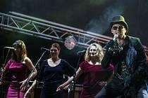 Vojtěch Dyk B-side Band.