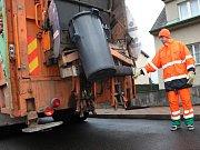 Odvoz komunálního odpadu. Ilustrační foto.