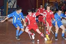 Brodským florbalistům se vůbec nedařilo mezi 54. a 55. minutou, kdy Pelhřimov vregionálním derby vstřelil tři góly. Pelhřimovský klub tak utekl ze stavu 3:2 až na 6:2.