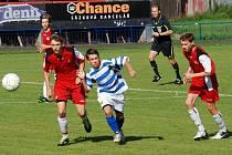 Cennou výhru. Tu si přivezli starší ligoví žáci brodského Slovanu z Velkého Meziříčí, kde vyhráli 2:0.