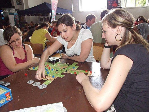 Na chotěbořském festivalu mají pravidelně velký prostor i deskové hry.