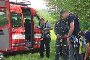 Cvičení energetiků ČEZ Distribuce a členů Hasičského záchranného sboru Kraje Vysočina.