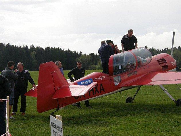 Dětský den a leteckou show připravili pořadatelé z chotěbořského aeroklubu na sobotní odpoledne v nedalekém letišti v Počátkách.