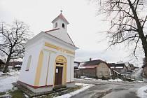 Kaplička ve Slavětíně